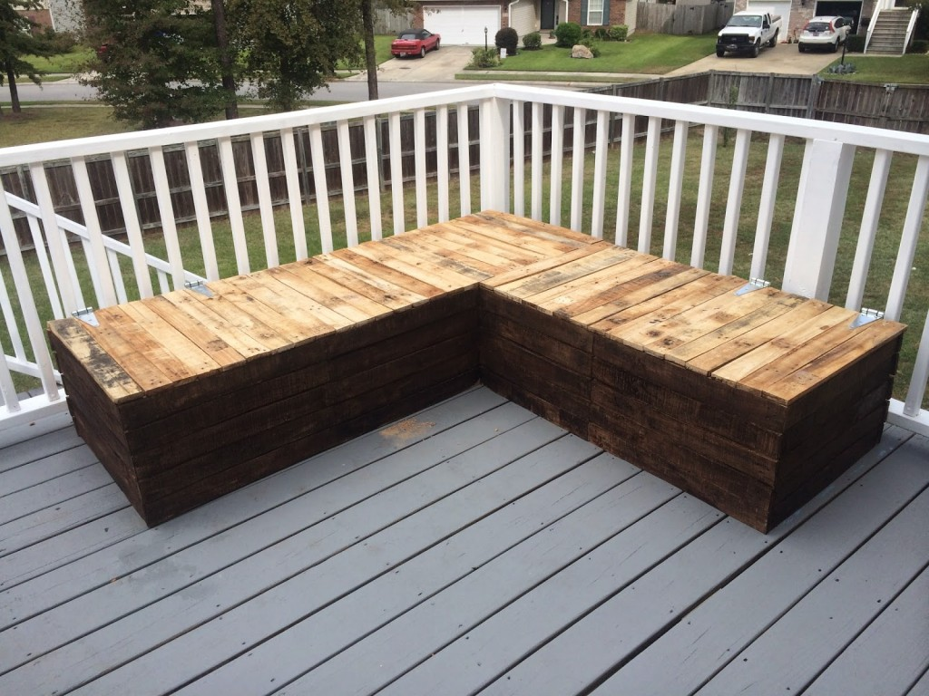 Diy: pallet sectional for outdoor furniture   like the yogurt